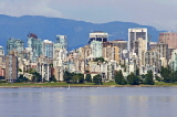 CANADA, British Columbia, VANCOUVER, Kitsilano beach and Downtown Vancouver, CAN885JPL