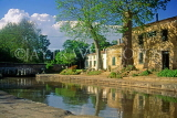 FRANCE, Languedoc-Roussillon, Canal Du Midi near Carcassonne, typical lock houses, FRA973JPL