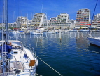 FRANCE, Languedoc-Roussillon, LA GRANDE MOTTE, resort centre, hotels and yachts, FRA427JPL