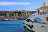 FRANCE, Provence, Cote d'Azure, MONACO, harbourfront and luxury yacht, FRA2506JPL