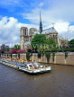 France, PARIS, Notre Dame Cathedral and River Seine with Bateaux Mouche (boat), FRA2080JPL
