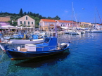 Greek Islands, KEPHALONIA, Fiscardo, harbourfront and fishing boats, GIS508JPL