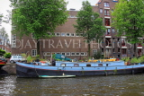 HOLLAND, Amsterdam, canlaside and houseboat, HOL842JPL