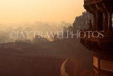 INDIA, Uttar Pradesh, Agra, view from Red Fort, at dusk, IND114JPL