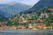 ITALY, Lombardy, LAKE COMO, lakeside scenery, and hillside houses, ITL2303JPL