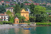 ITALY, Lombardy, LAKE COMO, lakeside scenery, villas and hillside houses, ITL2323JPL