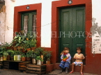MADEIRA, Funchal, Old Town houses and two chidlren, MAD1153JPL
