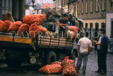 MADEIRA, Funchal Market, farmers chatting by trucks full with vegetables, MAD1119JPL