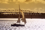 NEW ZEALAND, North Island, AUCKLAND, sailing in Waitemata Harbour, dusk view, NZ37JPL
