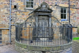SCOTLAND, Edinburgh, Greyfriars Kirk, burial grounds, John Mylne monument, SCO975PL