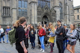 SCOTLAND, Edinburgh, visitors on free walking tour with guide, SCO950JPL