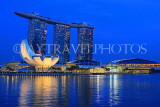 SINGAPORE, Marina Bay, Marina Bay Sands Hotel and ArtScience Museum, night view, SIN1139JPL