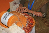 SRI LANKA, Kandy, crafts, traditional lace making, worker, SLK5108JPL