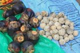 SRI LANKA, Negombo, market, fruit and vegetable market, Thal (Palmyrah) & Wood Apple fruit, SLK6203JPL