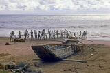 SRI LANKA, south coast, Beruwela, fishermen hauling in nets, SLK3280JPL