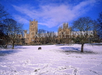 UK, Cambridgeshire, ELY, Ely Cathedral and snow, UK5516JPL