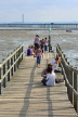UK, Essex, Southend-On-Sea, coast view and people on small pier, UK6812JPL