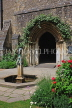 UK, Hampshire, WINCHESTER, The Great Hall, Queen Eleanor's Garden and fountain, UK8096JPL