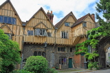 UK, Hampshire, WINCHESTER, Winchester Cathedral, Cheyney Court, timber framed buildings, UK8009JPL
