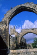 UK, Kent, CANTERBURY, Canterbury Cathedral and ruins of arches, CTB235JPL