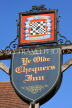 UK, Kent, TONBRIDGE, The Chequers Inn, sign, UK13203JPL