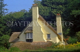 UK, Somerset, SELWORTHY, countryside thatched roof cottage, UK5552JPL