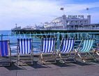 UK, Sussex, BRIGHTON, Palace Pier and row of deckchairs, UK4936JPL