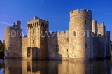 UK, Sussex, Bodiam Castle and moat, UK4775JPL