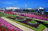 UK, Sussex, EASTBOURNE, Carpet Gardens and Eastbourne Pier, UK4396JPL