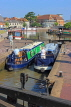 UK, Warwickshire, STRATFORD-UPON-AVON, Stratford Canal Basin, narrow boats at lock, UK25480JPL