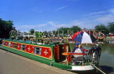 UK, Warwickshire, STRATFORD-UPON-AVON, Stratford Canal Basin and narrow boat, UK5917JPL