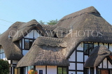 UK, Warwickshire, STRATFORD-UPON-AVON, country house with thatched roof, UK25379JPL
