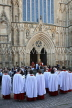 UK, Yorkshire, YORK, York Minster, Sunday Easter parade, clergy and congregation, UK3269JPL