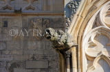 UK, Yorkshire, YORK, York Minster, gargoyle on building, UK9901JPL