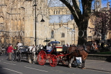 UK, Yorkshire, YORK, horse drawn carriage rides, by York Minster, UK3160JPL