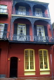 USA, Louisiana, NEW ORLEANS, French Quarter, architecture, house with ironwork balconies, LOU173JPL