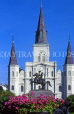 USA, Louisiana, NEW ORLEANS, Jackson Square, St Louis Cathedral and General Jackson statue, LOU198JPL