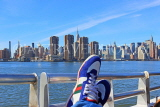 USA, New York, MANHATTAN, Midtown skyline, Hudson River cruise, tourist's shoes, US4643JPL