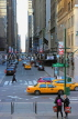 USA, New York, MANHATTAN, Midtown street scene, US4601JPL