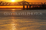 USA, Tennessee, MEMPHIS, Memphis-Arkansas Bridge over Missippissi river, sunset, US4417JPL