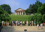 USA, WASHINGTON DC, Arlington Cemetery, Arlington House and visitors at Kennedy grave, WAS363JPL