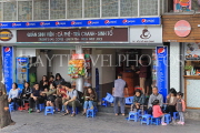 Vietnam, HANOI, Old Quarter, young people socialising at coffee shop, VT1331JPL